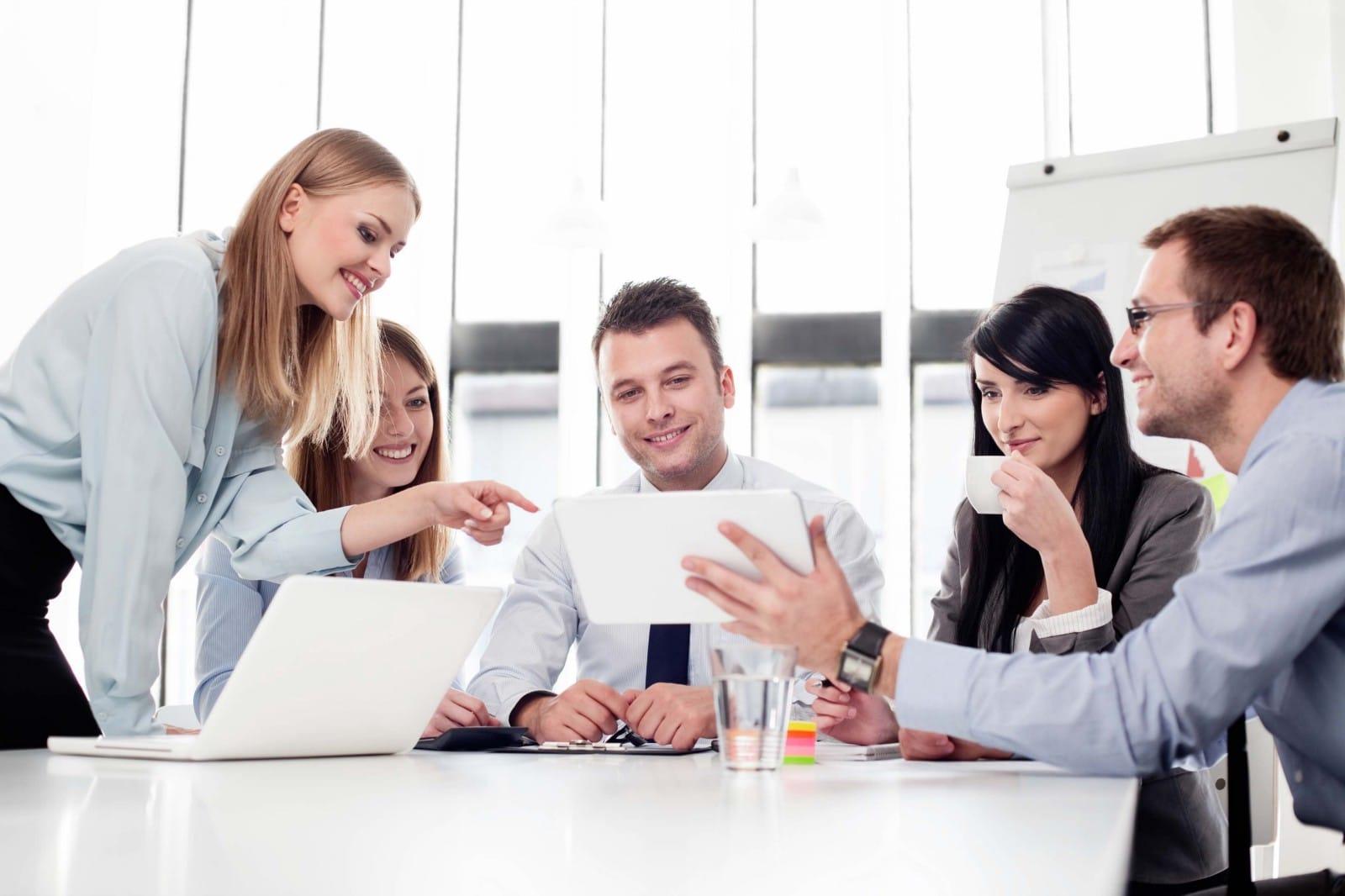 văn hóa công ty, hạnh phúc, vui vẻ, độc hại